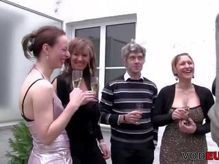 Deutsche gangbang: bezmaksas nakts klubs kanāls hd porno video e6
