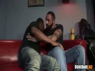 Zwart dude deepthroating hard lul