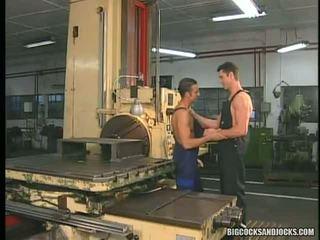 Renato Bellagio And Roberto Giorgio Group Sex At The Machine Shop