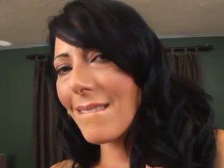Zoey Holloway