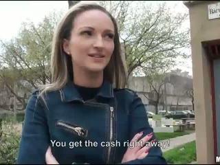 Стегнат eurobabe melanie прецака за пари