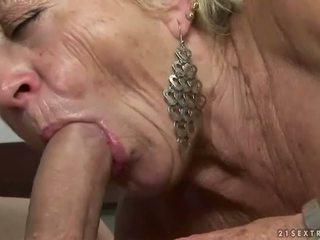 vecs, vecmāmiņa, vecenīte