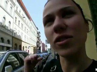 امرأة سمراء, واقع, الجنس المتشددين