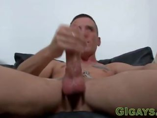 Twin soldiers masturbate