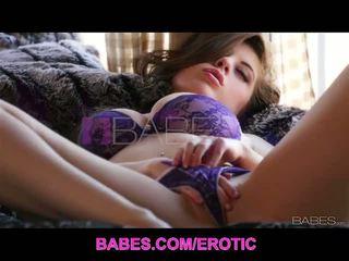 Babes network: e lëngëshme gjoksmadhe jessi june solo