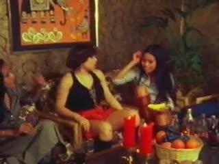 Thai Lady Love: Free Lesbian Porn Vide...