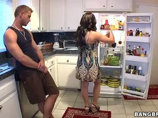 maldito, cozinha, horny mom