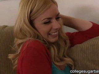 karma eğitim yapan, üniversiteli kız, sevimli