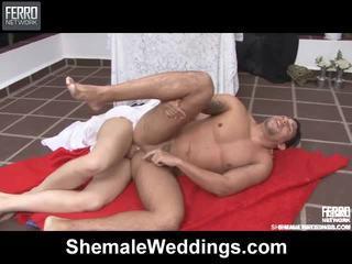 Μείγμα του ταινίες με τραβεστί weddings