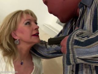 Old Mom gets Young Cum Inside Her Mature Cunt: Free Porn c9