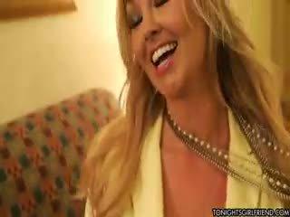 stora bröst, nylon, blond