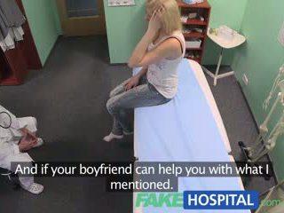 Fakehospital ārsts prescribes orgasms līdz palīdzēt patients sāpe relief