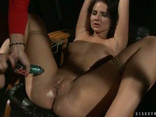 Katy borman laisser fastened muff pie une whistle la porno jouet