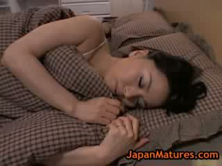 แก่แล้ว ใหญ่ หัวนม miki sato การช่วยตัวเอง บน เตียง 8 โดย japanmatures
