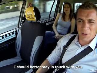चेक taxi