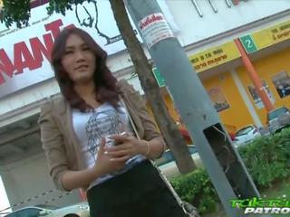 Seksi malu thailand gadis bahagia untuk mengambil di besar putih kontol: porno a5