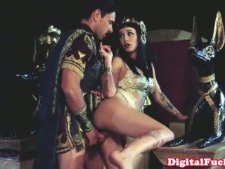 Cleopatra फक्किंग अन्य roman dude