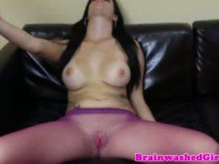 brunette, masturbatie, nylon