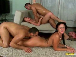 grupa izdrāzt, liels penis, grupu sekss