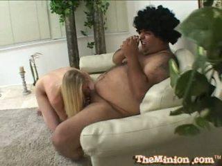 Aaliyah jolie spise av en liten kuk av en cubby chap