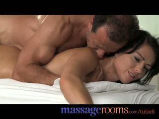 Massaggio rooms giovane adolescenza ottenere pounded da dietro fino a orgasmo e creampie