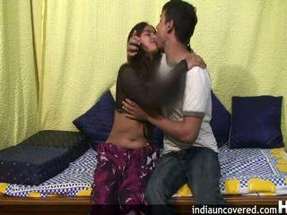 Amatérske indické násťročné v ju prvý sex scéna