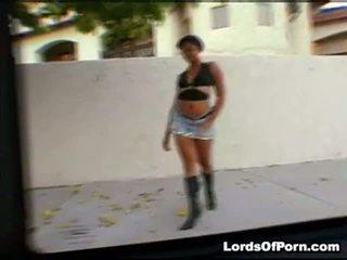 Wanneer shani livecame omhoog naar mijn auto, ik expected naar zien dat guyr carrying