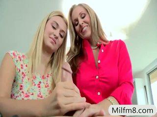 हॉट बड़े स्तन गुणवत्ता, देखना कट्टर, आदर्श किशोर