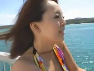 Hitomi tanaka पर the बीच