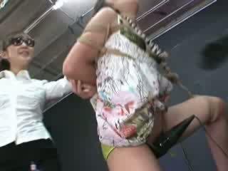 Ayumi gets ผูกพัน และ tortured