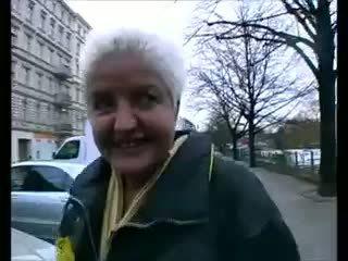 Deutsche milf wird hart durchgefickt