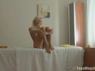Massaging a sleaze 愛