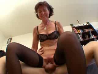 Fransk eldre sodomized i strømper