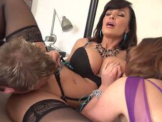 Lisa ann un krissy lynn dalīties viens grūti penis