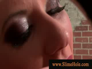 Glam slet blows gloryhole lul en gets slime showered