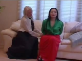 lesbian, lama, skirt