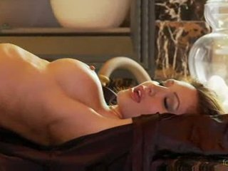 Angela taylor 到 党 裸