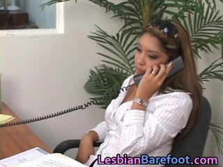 Youthful lezbo has precious seçki ve göt deliği