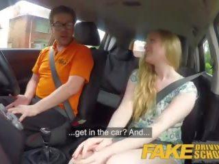 Fake driving szkoła ex learner satine sparks arse.