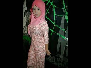 Turkish-arabic-asian hijapp smíchat photo 14