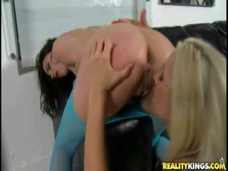 Nasty Sammie Rhodes And Georgia Jones Pussy Play