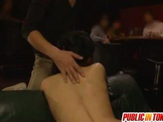 Awam seks / persetubuhan dengan sora aoi menggerudi dalam yang bertiga