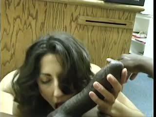 Asian-pakistani bruneta sucks veľký čierne dravidian kokot