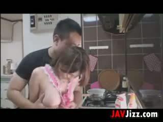 Japanilainen vauva loves kohteeseen naida sisään the keittiö