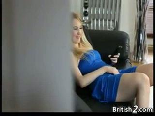 Blondinka baby sitter tutulan droçit etmek