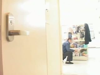 Mare tate asiatic milf hitomi tanaka teased în public