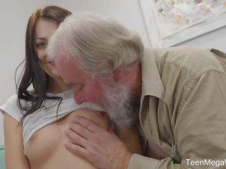Old-n-young.com - katy rose - uneven-aged doggy orgasme