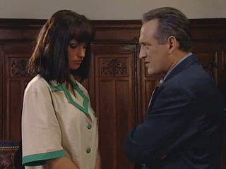 Anita 金發 seduces 她的 老闆 視頻