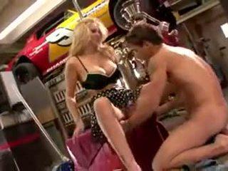 Julia ann garage جنس