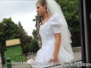 Dumped 新娘 amirah adara ends 向上 性交 在 該 publc